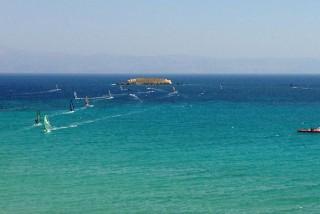 paros-windsurfing-01